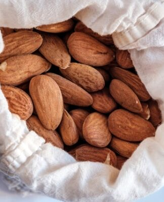 How to make almond milk?